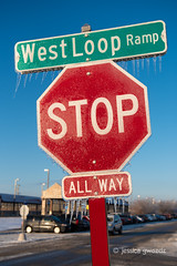 6/52 - Street Photography (JesGwozdz) Tags: week62019 startingtuesdayfebruary052019 52weeksthe2019edition ice stopsign icicles sign winter city urban chicago