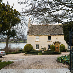 Large English house (P1n24) Tags: largehouse classic architecturephotography rutlandwater normanton uk oakham edithweston housewithaview simple courtyard style panorama 85mm14 cy cz planar zeiss fullframe