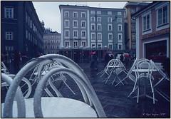 Abends am alten Markt_OM2_1981 (ksadjina) Tags: 1981 24x36 austria fujifilm nikonsupercoolscan9000ed om2 salzburg silverfast archive color film scan slides
