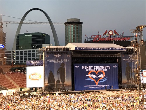 Kenny Chesney fan photo