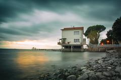 Flat (Cristiano Pelagracci) Tags: boring flat sunset house water trasimeno montedellago nature landscape paesaggio tramonto
