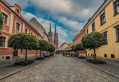 Tumski island (Vagelis Pikoulas) Tags: wroclaw poland europe travel city cityscape urban landscape may spring 2018 canon 6d tokina 1628mm view church architecture cathedral