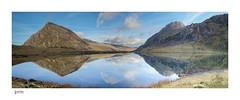 Idwal Panoramic (steveowen528) Tags: cwmidwal snowdonia landscape water mountains lake pano rocks ogwenvalley wales llynidwal northwales tryfan gwynedd penyrolewen uk panorama