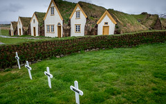Glaumbær - Homestead and Graveyard (twheide) Tags: europa island glaumbær museum iceland green graveyard churchyard north fujifilm x70