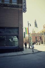 Le premier 16 degrés... On est sur la bonne voie... (woltarise) Tags: ricoh gr couleur montréal saintecatherineest rue 16degrés printemps soleil quartierlatin