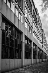 LKA Berlin (Berlin-Knipser) Tags: berlin blackandwhite bw blackwhite artinbw schwarzweis schwarzweiss sw sonya6300 samyang2824mm deutschland germany tempelhof berlintempelhof lka