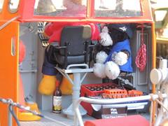Kontrollfahrt Larghetto di Cava (Der kleine Erich Topp) Tags: u552 • wikingerfahrtenmitdemrotenteufelboot erichtopp germansubmarine unterseeboot uboot kiel möltenort ufang u995 kielerförde 7cunterseeboot dragon harritardsen peterpetersen laboe dkm wwii uadelheid adelheid travemünde ostsee baltischesee karldönitz lorient atlantik seenotretter dgzrs wurmflitzer ubootwaffe eckernförde ubootbasis emden leer hamburg michel hafen onkelwolf rnli margaretgraham waveny rnlb masters sea krt2 tedje krt2tedje mastersofthebalticsea srbbutt butt norddeich srbnorddeich mx5 heikendorf kammi blondi ulrichsteffens eiswette projektcharli piddershelgen vormannsteffens siegfriedboysen maják kistenwache carlawuppesahl