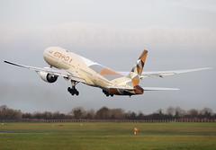A6-ETC - Etihad Airways B777-300ER (✈ Adam_Ryan ✈) Tags: dub eidw dublinairport 2019 dublinairport2019 ireland airport canon 6d takeoff aviation a6etc etihadairways b777 b777300er