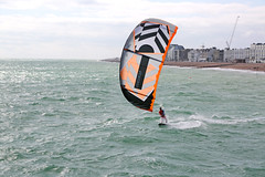 2018_08_15_0014 (EJ Bergin) Tags: sussex westsussex worthing beach seaside westworthing sea waves watersports kitesurfing kitesurfer seafront jezjones