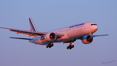 Air France   Boeing 777-328 (ER)   F-GSQC (Olivier_Pirnay) Tags: montréal yul cyul airfrance boeing777328er fgsqc boeing