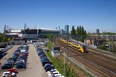 NS V-IRM 8600  IC 841 Alkmaar - Maasstricht  - Eindhoven Stadion (Rene_Potsdam) Tags: eindhoven nederland railroad treinen trains trenes züges psv psveindhoven philipsstadion nederlandsespoorwegen virm eindhovenstadion