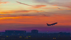 Good morning Schiphol! (Ramireziblog) Tags: good morning schiphol amsterdam airport netherlands holland vliegtuig airplane airfield startbaan take off opstijgen colours morgenrood skye lucht
