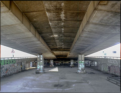 DISUSED SPACE UNDER WESTWAY FLYOVER - WHITE CITY (Steve Mepsted) Tags: grenfell community westway westwayflyover westeleven project