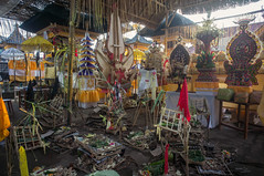 (kuuan) Tags: manualfocus mf voigtländer15mm cvf4515mm 15mm bali indonesia sonynex5n festival temple preparations offerings