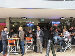 Piccadilly Tap, Manchester (deltrems) Tags: piccadillytap tap piccadilly station approach manchester people pub bar inn tavern hotel hostelry house restaurant