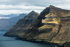 Funningfjørdur - Faroe Islands ( fabienne fauré) Tags: faroeislands ilesféroé fjord denmark montagne canon 5d mark iii eysturoy mountain mer sea cloud nuage 70200mm