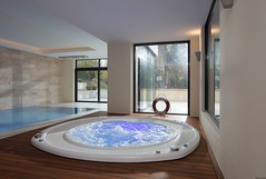 SSF Schwimmbad gehört zur TOP 10 des bsw-Awards 2018 in der Kategorie Whirlpools. (Bundesverband Schwimmbad & Wellness) Tags: bswaward bundesverband schwimmbad wellness top 10 schwimmbäder pool pools