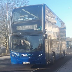 Bluestar 1561 is on Blechynden Terrace while on route 17 to City and Weston. - HJ63 JNL - 9th January 2019 (Aaron Rhys Knight) Tags: bluestar 1561 hj63jnl 2019 blechyndenterrace southampton hampshire gosouthcoast goahead alexanderdennis enviro400
