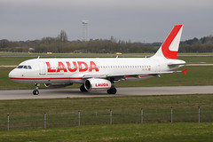 Laudamotion A320-232 (nickchalloner) Tags: oeihl airbus a320232 a320200 a320 232 200 laudamotion lauda motion ldm oe london stansted airport egss stn