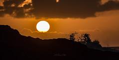 sunset (khan.Nirrep.Photo) Tags: canon70d tamronsp150600mmf563divcusd sunset sun seascape sea sky rocks rochers roscanvel presquile paysage waves vagues flickrunitedaward