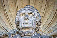 Dresden - Statue am Lipsiusbau (Kunstakademie) (www.nbfotos.de) Tags: dresden lipsiusbau kunsthalle kunstakademie statue skulptur sculpture sachsen