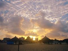(katrinludwig) Tags: ceará fortaleza brasil brazil pôrdosol sunset praia beach céu sky