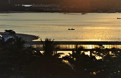 Just a view at sunset (Ruby Ferreira ®) Tags: pordosol sunset silhuetas silhouettes bay baía pescadores fishermen