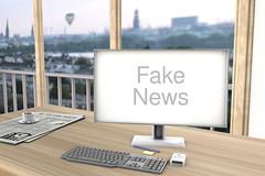 Fake_News-auf-Bildschirm (Christoph Scholz) Tags: fake news fakenews fälschung falschmeldung hetze rechte internet gruppen chat manipulation täuschung soziale medien trump donald