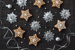 Happy New Year! (ronatka) Tags: origami origamistar peterkeller foil newyear gingerbread ef50mmf14usm