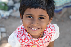 Madurai Portraits (Geraint Rowland Photography) Tags: smile cute child children expression happy bowlcut haircut india indianchildren indianportraits naturallightportraits canon canonindia travelportraits indianclothing indianculture wwwgeraintrowlandcouk smiling joy madurai streetportraits nationalgeographicindia geraintrowlandstreetportraits