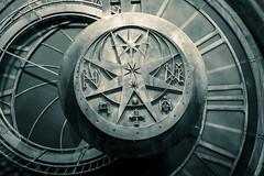 Pendulum (Edd144) Tags: harry potter studio tour london philosophers stone chamber secrets prisoner azkaban goblet fire order phoenix half blood prince deathly hallows movies books film behind scenes magic wizard witch sorcerer pendulum clock