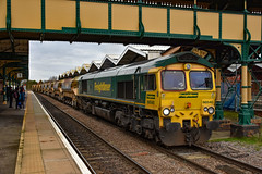 66540 + 66957 - March - 12/01/19 (TRphotography04) Tags: freightliner 66540 ruby 66957 stephenson locomotive society 19092009 creep past march hauling 6y15 1238 whitemoor yard ldc gbrf brimsdown