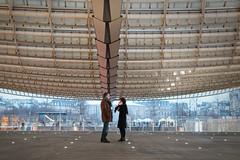 La grandeur de la canopée (Paolo Pizzimenti) Tags: grandeur canopée fille café cinéma instant paolo paris mode olympus zuiko omdem1mkii 45mm 17mm f18 film pellicule argentique doisneau