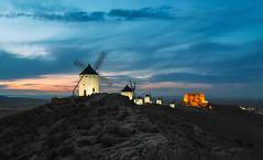 (JuanCarViLo) Tags: spain rural street photography sunset landscape light castle panorama mancha consuegra town medieval quijote cervantes sancho