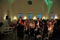 IMG_0631 (V-rider) Tags: rhm ralph vrider97 mayerphotoscom jane jake jessica sara barnwell kate church christmaseve service preach mtpleasant charleston ion rhmfoto sean candlelight