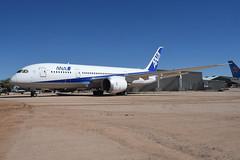 ANA Boeing 787-800 Dreamliner; N787EX@Pima;31.01.2016 (Aero Icarus) Tags: pimaairandspacemuseum arizona tucson plane avion aircraft flugzeug ana boeing787800 dreamliner n787ex prototype