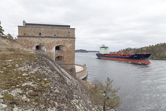 Suula passing Oxdjupet (martindjupenstrom) Tags: