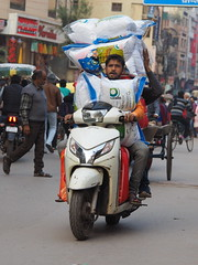Varanasi - Overloaded scooter (sharko333) Tags: travel reise voyage asia asien asie india indien uttarpradesh वाराणसी varanasi benares kashi hinduisme portrait people man traffic street transport scooter olympus em1