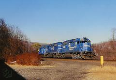 RIDGE POWER (skuat-2) Tags: conrail cr sd402 emd johnstown pennsylvania pittsburghline pplx pennsylvaniapowerandlight strawberryridge coaltrain locomotive train