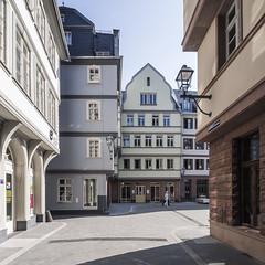 Frankfurt's New Old Town (lars_uhlig) Tags: 2018 architektur deutschland frankfurt germany architecture altstadt rekonstruktion hessen reconstruction stadt city gasse platz fassade facade square