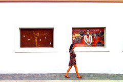window shopping (sculptorli) Tags: street window mexico méxico calle camino walking caminar andar ventana fotografíacallejera streetphotography urban urbana urbaine rue latinamerica centralamerica