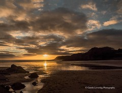 Sunset over Caswell Bay 2019 01 25 #28 (Gareth Lovering Photography 5,000,061) Tags: sunset sun sunny sunshine caswell gowercoast gower swansea wales seaside landscape beach walescostalpath olympus penf garethloveringphotography