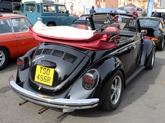 TSO 456R (Nivek.Old.Gold) Tags: 1976 volkswagen beetle 1303 cabriolet 1200cc