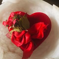 Happy Valentine's Day (RobW_) Tags: valentine day heart koukaki athens greece thursday 14feb2019 february 2019