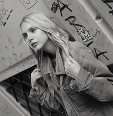 Eve ... FP7773M (attila.stefan) Tags: evelin eve stefán stefan attila aspherical autumn fall ősz 2018 pentax portrait portré k50 girl győr gyor