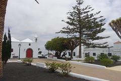 ESPAÑA 2018 - Lanzarote / De YAIZA a TINAJO (Julio Herrera Ibanez) Tags: españa islascanarias lanzarote calles plaza plaquesderue paisajes arquitecturacolonial