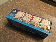 North American Decorative Products Super Mario Bros Nintendo Wall Trim 17 (gamescanner) Tags: north american decorative products super mario bros nintendo wall trim covering walltrim decor sculpted vinyl border upc 058559709011 058559709035 rosewall inc 1989 sku 70902