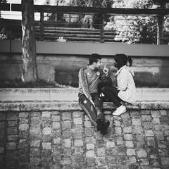 Talking less / Breathing (.KiLTRo.) Tags: kiltro fr france paris sena seine people couple talk city street life bw square format smile