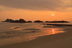 西莒 坤坵沙灘 (Shi Feng) Tags: 馬祖 夕陽 方塊海 抽砂船 海灘 莒光 蛇島