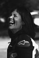 Jennifer, 2018 (TheJennire) Tags: photography fotografia foto photo canon camera camara colours colores cores light luz young tumblr indie teen adolescentcontent blackandwhite candid smile laugh mom 2018 50mm carmel indiana usa eua unitedstates shorthair naturallight darkhair happy